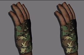 Camo_and_Leather_Gloves